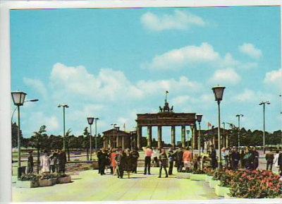 Berlin Mitte Brandenburger Tor 1972